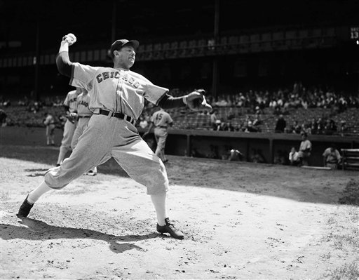 Ted Lyons pitching